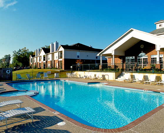 Bailey Properties Apartment Complex Pool, Longview, TX